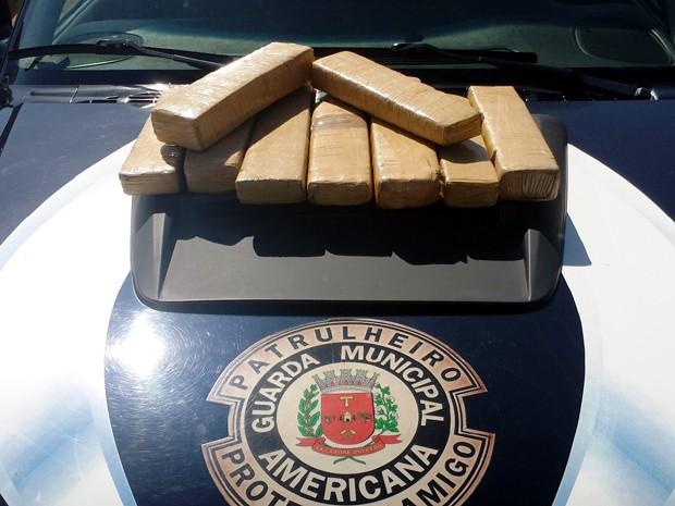 GM apreende sete quilos de maconha em Americana (Foto: Divulgação/ Guarda Municipal de Americana)