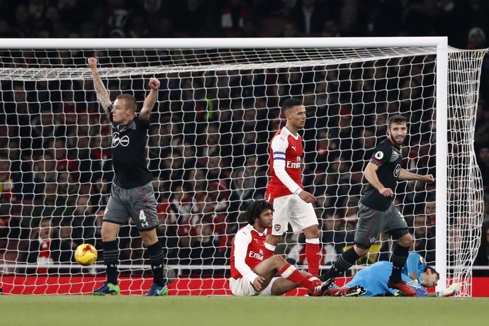 Clasie gol Southampton Arsenal (Foto: Reuters)