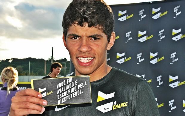 Guilherme Felipe, atacante, um dos vencedores da A Chance, peneira da Nike (Foto: Daniel Cardoso)