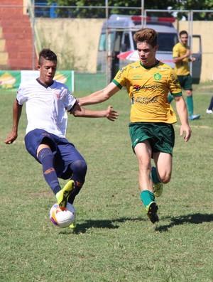 Edson Brejetuba, volante do Tupy-ES (Foto: Divulgação/Doze FC)