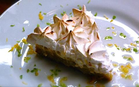 Torta de limão com merengue: receita de Claude Troisgros