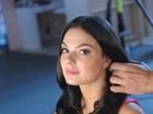 Isis Valverde grava comercial para marca de cosméticos