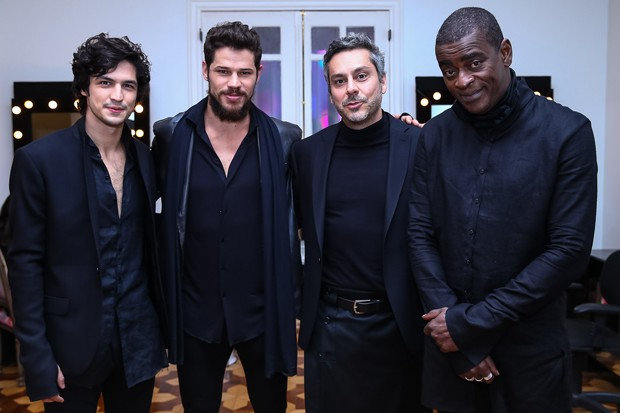 Gabriel Leone, José Loreto, Alexandre Nero e Seu Jorge (Foto: Raphael Castello/AgNews)