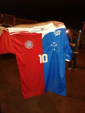 Camisa; Bayern de Munique; Cruzeiro (Foto: Maurício Paulucci / Globoesporte.com)