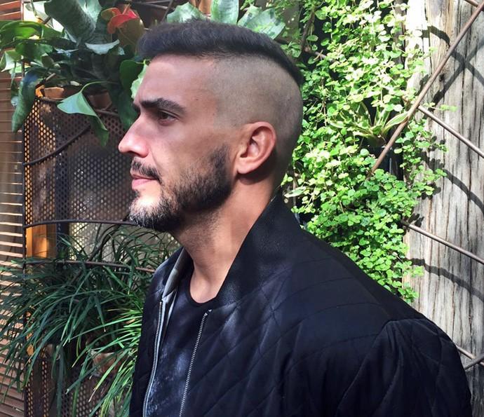 André Marques mostra novo corte de cabelo (Foto: Priscilla Massena/Gshow)