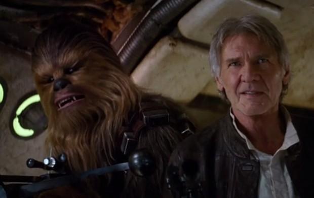 Peter Mayhew e Harrison Ford como Chewbacca e Han Solo no novo teaser de 'Star Wars: O despertar da força' (Foto: Reprodução/YouTube)