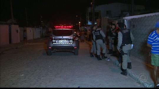 Três jovens ficam feridos após tiros, em João Pessoa