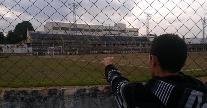 Situação estádio Mogiana (Foto: Vinícius Bueno)