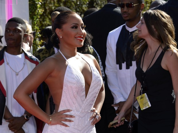 Adrienne Bailon no BET Awards em Los Angeles, nos Estados Unidos (Foto: Kevork Djansezian/ Reuters)