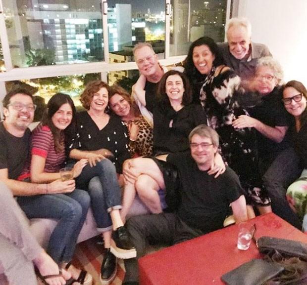 Luiz Fernando Guimarães comemora 68 anos com amigos e familiares (Foto: Reprodução/Instagram)