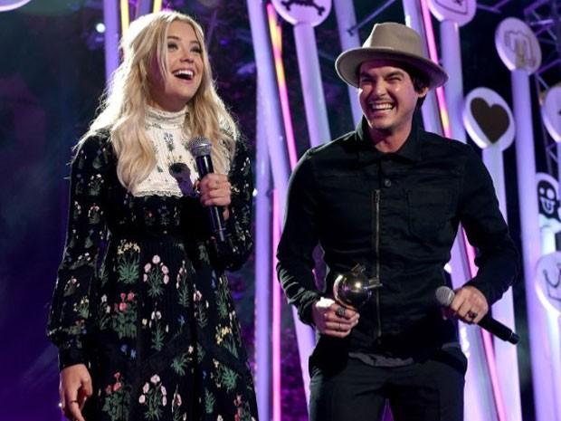 Ashley Benzon em premiação (Foto: Instagram/ Reprodução)