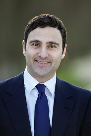 Eduardo Cypel, que se tornou primeiro franco-brasileiro eleito para o Parlamento francês (Foto: Divulgação)