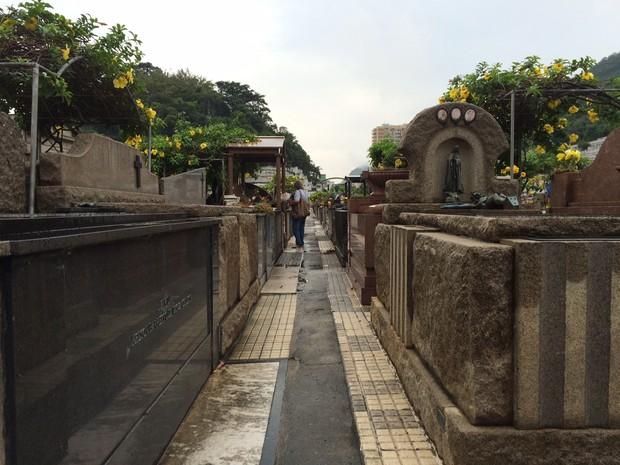 Cemitério São João Batista, Rio (Foto: Gabriel Barreira / G1)