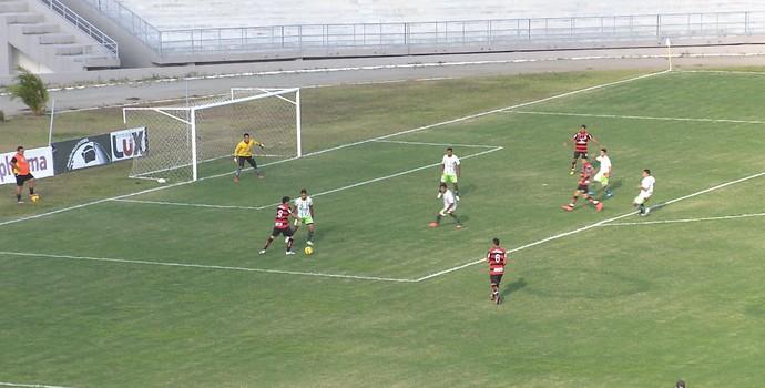 Campinense x Baraúnas, no Estádio Amigão (Foto: Hévilla Wanderley / GloboEsporte.com/pb)