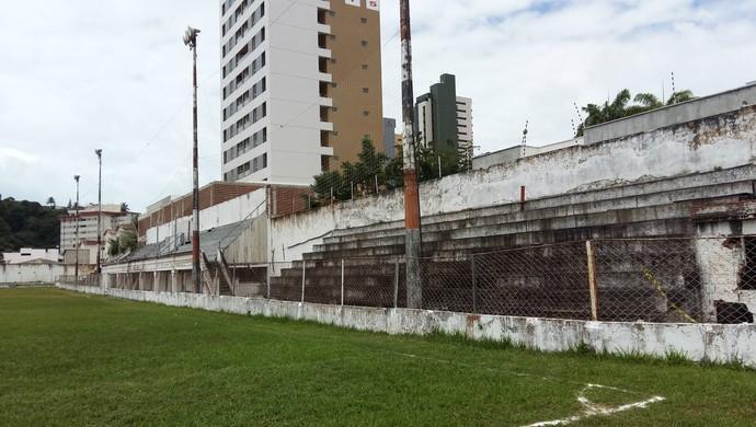 Estádio Juvenal Lamartine, em Natal - fotos mês setembro (Foto: Jocaff Souza/GloboEsporte.com)