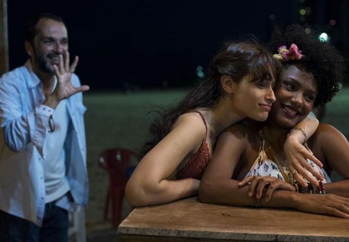 Luisa Arraes e Jéssica Ellen gravaram as primeiras cenas de suas personagens em Recife, sob a direção artística de José Luiz Villamarim (Foto: Estevam Avellar / Globo)