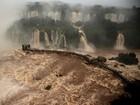Chuvas intensas em todo o Paraná aumentam vazão das Cataratas