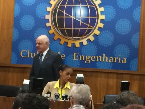 Marina Silva participa de palestra no Clube de Engenharia, no Rio (Foto: Marcelo Elizardo / G1)