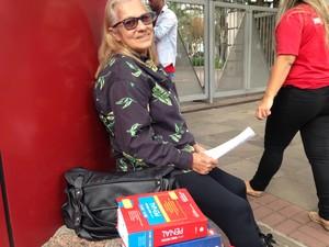 Sueli tem 63 anos e presta o Exame da OAB (Foto: Maria Polo/G1)