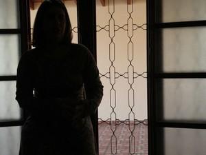 Mulher comprou vira-lata vendido como sendo um chihuahua (Foto: Reprodução/TV TEM)