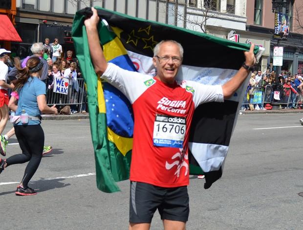 [Imagem: maratona_boston_marcoscharnberg01_arquivopessoal_15.jpg]