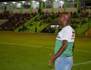 Técnico Pery Santana (Foto: Matheus Henrique)