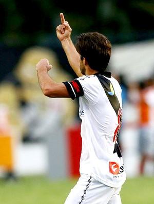 Juninho gesticulando torcida Sport jogo Vasco (Foto: Márcio Mercante /Ag. O Dia)