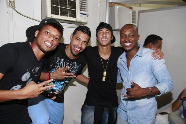 Neymar com Thiaguinho (Foto: Divulgação/Fred Pontes)