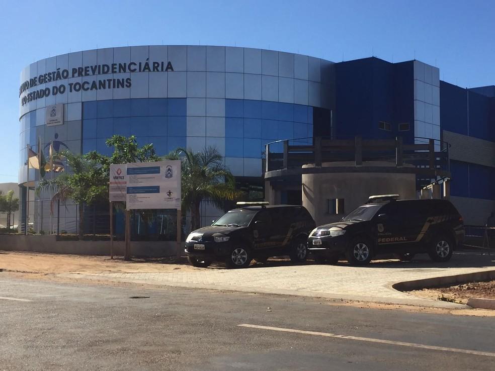 Parte do dinheiro teria saíde de aplicações do Igeprev, em Palmas (Foto: Mary Araújo/TV Anhanguera)