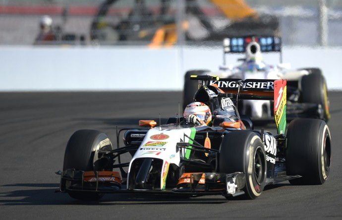 Sergio Pérez ficou à frente de Felipe Massa no GP da Rússia (Foto: AFP)