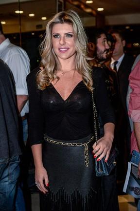 Ex-BBB Iris Stefanelli em evento em São Paulo (Foto: Francisco Cepeda/ Ag. News)