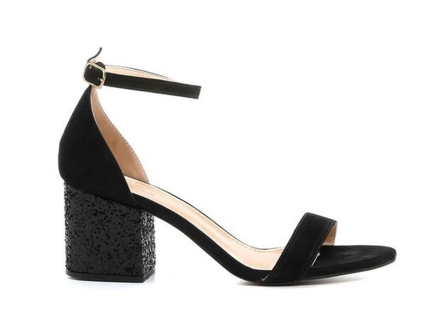 Sandália Salto Médio Glitter, Shoestock, R$ 149,90  (Foto: Divulgação)
