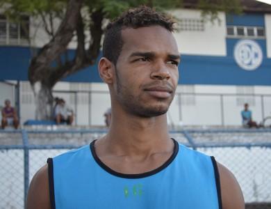 Valdo, zagueiro do Confiança (Foto: Felipe Martins)