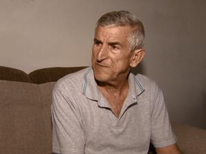 Funcionário público José Carlos de Oliveira, que sofre de cálculo renal (Foto: Rodrigo Sargaço/ EPTV)