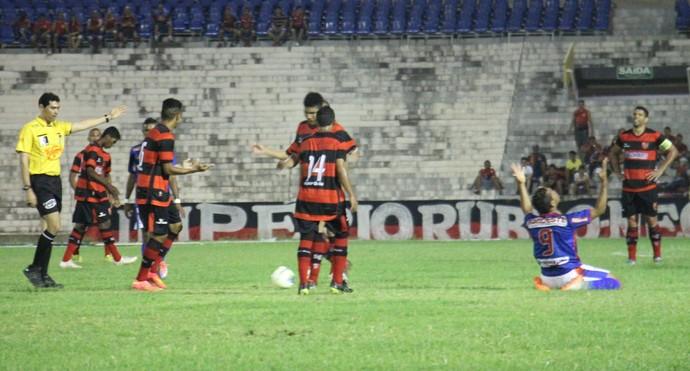Piauí x Flamengo-PI (Foto: Emanuele Madeira)