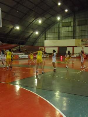 Brasileiro sub-17 feminino de basquete em Sinop Mato Grosso (Foto: Suzana Machado/BW Comunica)