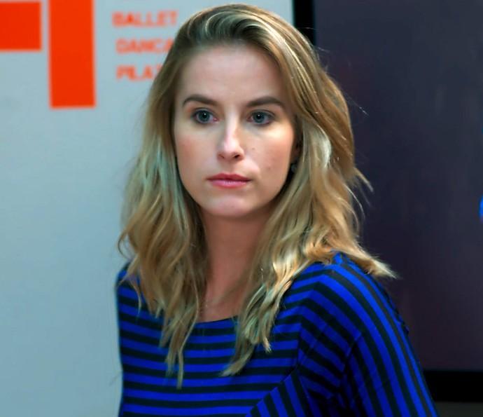 Bárbara fica sem reação com a resposta de Joana (Foto: TV Globo)