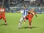 Gol no fim e lance bizarro marcam  o empate entre Paysandu e CRB
