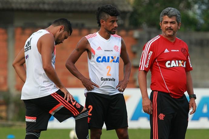 Ney, Léo Moura, André Santos (Foto: Gilvan de Souza/Fla Imagem)