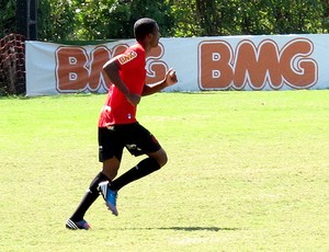 Marllon no treino do Flamengo  (Foto: Richard Souza / Globoesporte.com)
