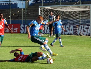 Souza Palmeiras treino (Foto: Marcelo Prado)