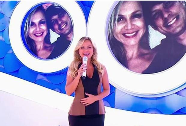 Em seu programa exibido no domingo (2), Eliana anunciou que está grávida pela segunda vez (Foto: Reprodução)