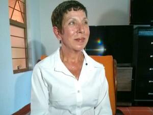 Tereza Ordônio passou dois anos com dores antes de descobrir a doença (Foto: Cláudio Nascimento/ TV TEM)