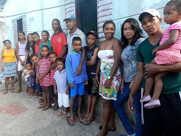 Mãe de família numerosa em Uberlândia (Foto: Caroline Aleixo/G1)