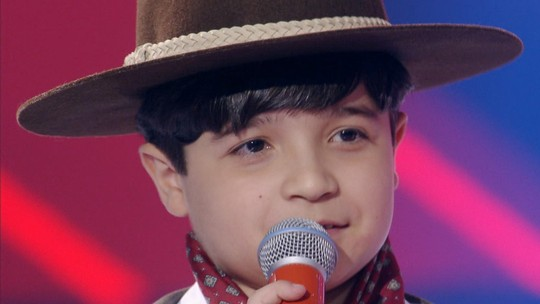 Thomas Machado está na final do 'The Voice Kids' pelo Time Ivete