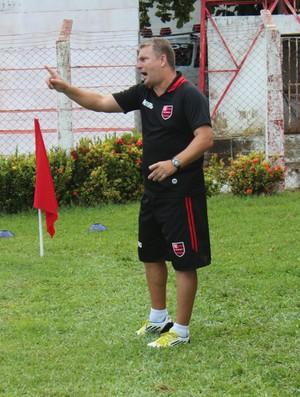 Daniel Frasson, técnico do Flamengo-PI (Foto: Wenner Tito)