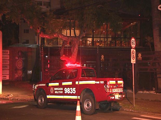 pampa burguer interditação bombeiros (Foto: Reprodução/RBS TV)