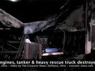 Incêndio destrói prédio do Corpo dos Bombeiros nos EUA