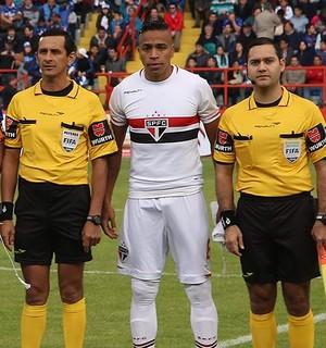 Alvaro Pereira São Paulo (Foto: Rubens Chiri/saopaulofc.net)