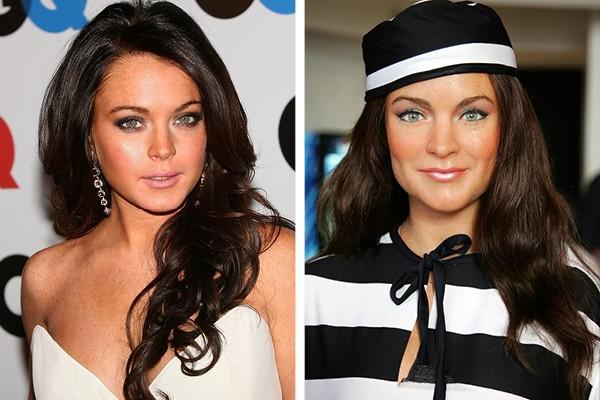 Lindsay Lohan e à direita, a sua estátua de cera (Foto: Getty Images)